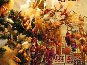The Germans' preference for orange and bronze colored Christmas decorations has really grown on me....